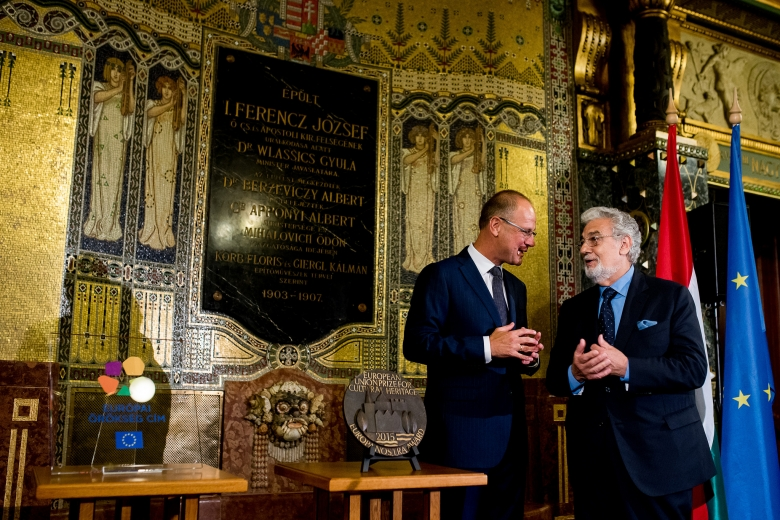 On the afternoon of 7 August 2016, European Commissioner for Culture Tibor Navracsics and Europa Nostra's President Plácido Domingo were in Budapest to pay a special visit to the Liszt Academy of Music and to celebrate the exemplary rehabilitation of its Art Nouveau building, which won a Grand Prix of the EU Prize for Cultural Heritage / Europa Nostra Awards in 2015.