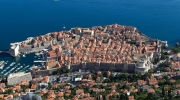 Dubrovnik faces two serious threats: a massive real-estate and golfing project on the plateau of Srdj hill and a significant increase in the number of cruise ships visiting the city. Photo: CC BY-NC-SA 2.0, Magnus von Koeller