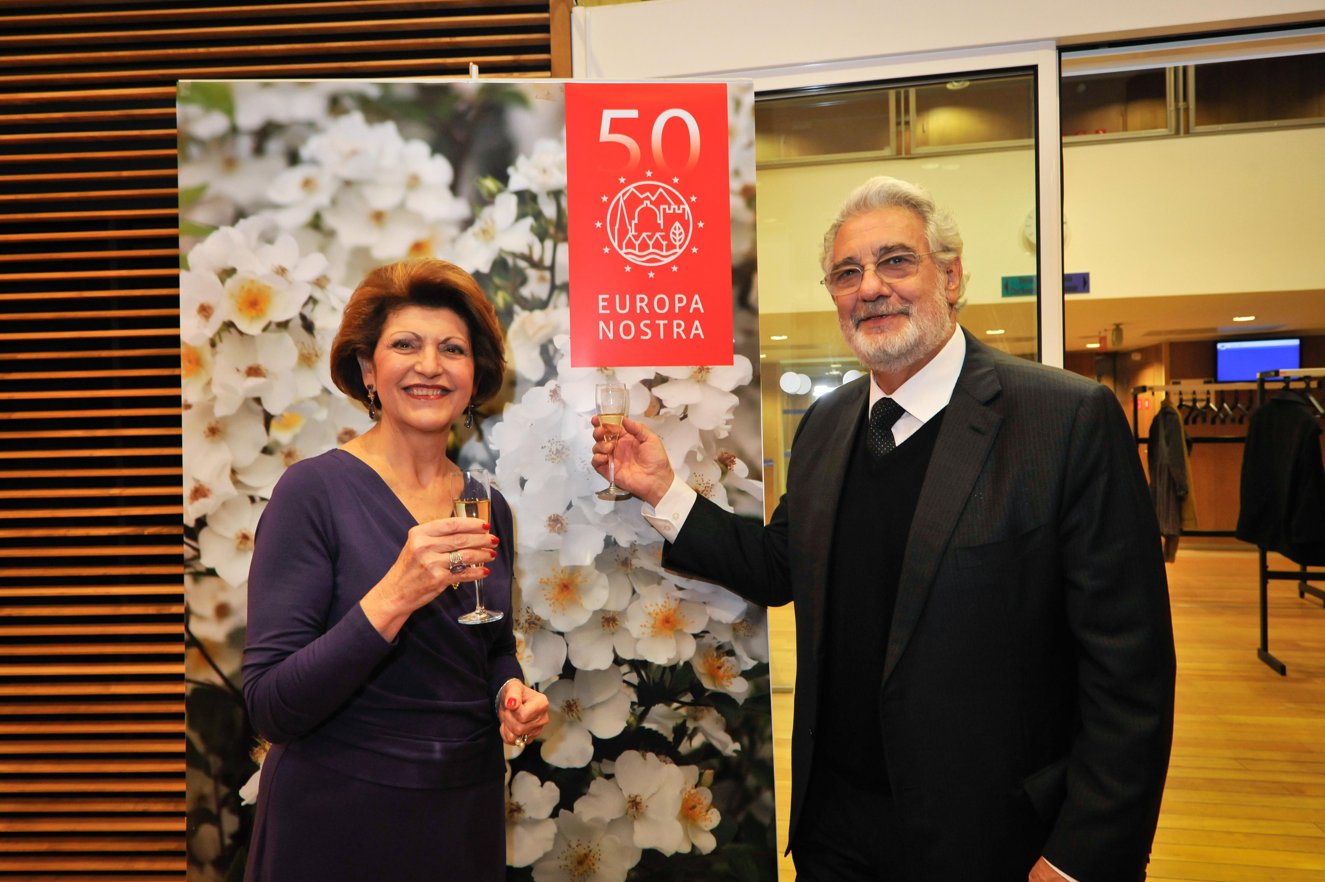 Commissioner Androulla Vassiliou and Maestro Plácido Domingo praised this imaginative initiative. Photo: Jorge Rojas