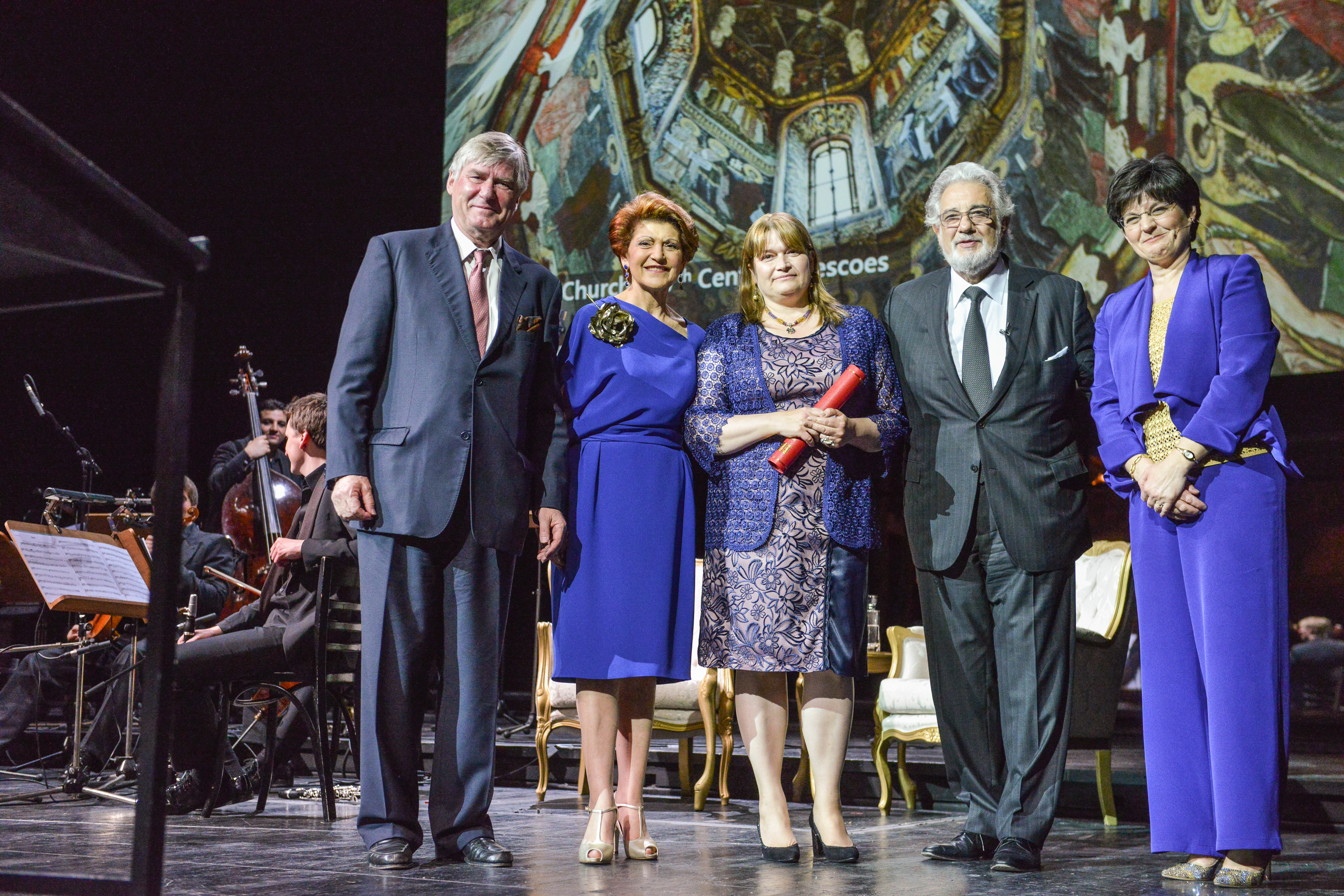 Denis de Kergorlay, Commissioner Vassiliou, winner of the Public Choice Award, Maestro Plácido Domingo, and Sneška Quaedvlieg-Mihailović at the European Heritage Awards Ceremony at the Burgtheater in Vienna on 5 May 2014. Photo: Oreste Schaller.